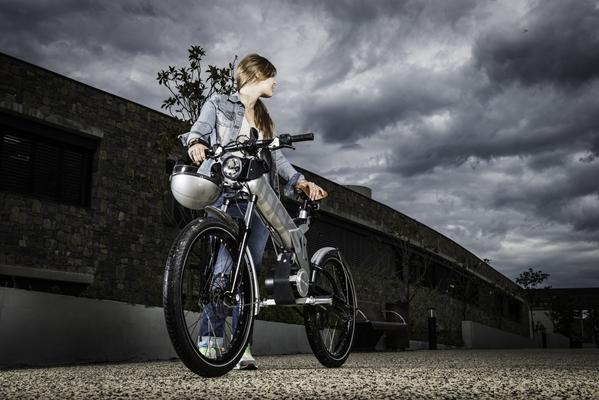 Location moto électrique logistique événementiel